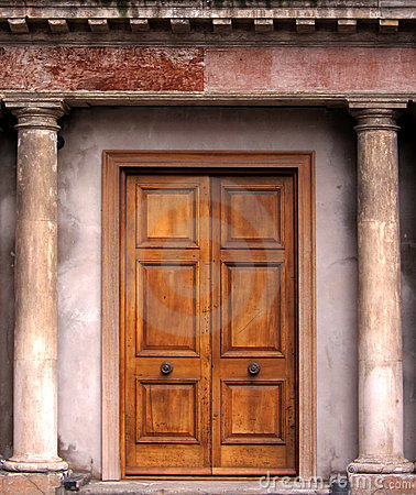 Free Old Door Royalty Free Stock Images - 15626379