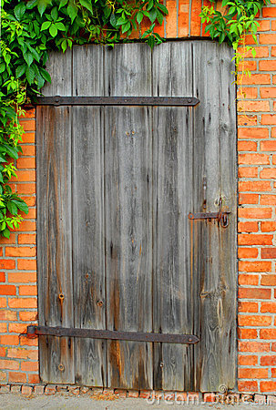 Free Old Door Royalty Free Stock Image - 2597636