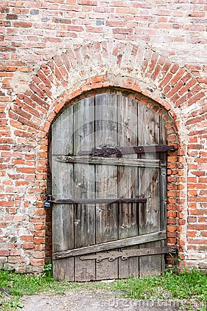 Free Old Door Royalty Free Stock Photo - 35975805