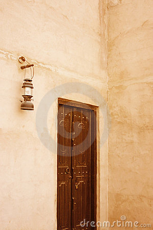 Free Old Door And Lantern In Dubai Royalty Free Stock Image - 3399286