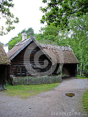 Old ecological cabin in Skansen park
