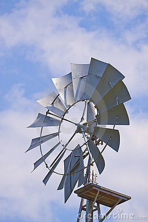 Old farm wind mill