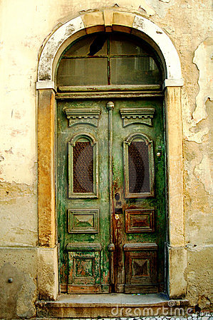Free Old Fashioned Door Royalty Free Stock Photo - 5700905