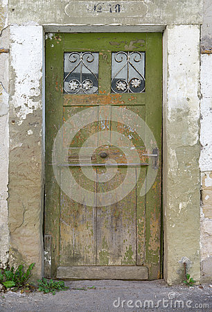 Free Old, Green, Weathered Wooden Door Royalty Free Stock Images - 59870839