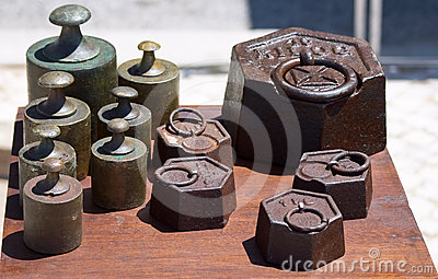 Old iron weight