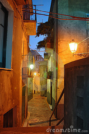 Free Old Italian Town Alley Royalty Free Stock Image - 4278786