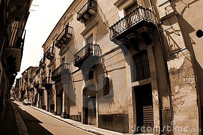 Old Italy, Ragusa city