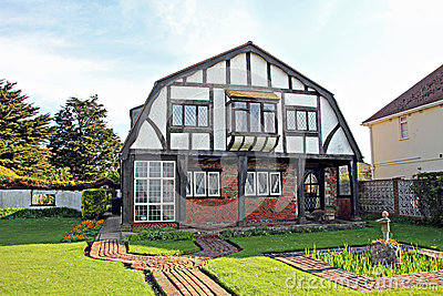 Old kentish tudor cottage