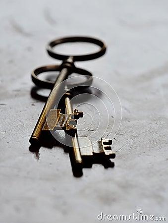 Free Old Keys On White Background Royalty Free Stock Image - 58388076