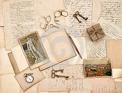 Old letters, vintage accessories, diary and photos from Florence