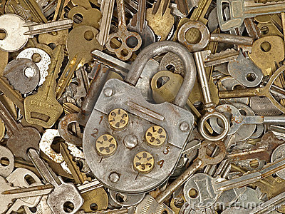 Old lock and metal keys.