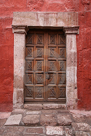 Free Old Locked Door Stock Photography - 9754252