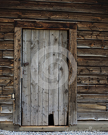 Free Old Log Cabin Door Stock Photography - 57714812