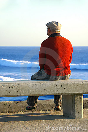 Free Old Man Sitting On The Bench Stock Images - 2999884