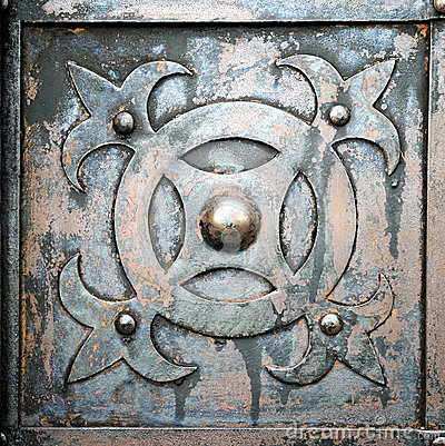 Free Old Metal And Rusty Door Royalty Free Stock Images - 41003679