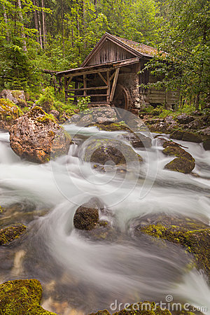 Free Old Mill Royalty Free Stock Photography - 29008887