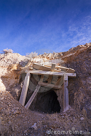 Free Old Mine Entrance Stock Images - 22686394