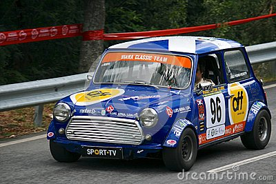 Old Mini Cooper S racing at Rampa da Falperra 2012 Editorial Photo