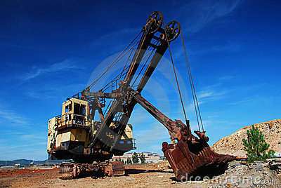 Old mining big machines backhoe - Riotinto