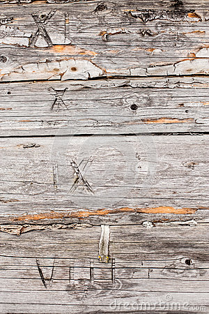 Free Old Pine Logs Of Wooden House With Numerals Royalty Free Stock Photography - 68386127