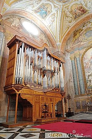 Free Old Pipe Organ Royalty Free Stock Image - 31662076