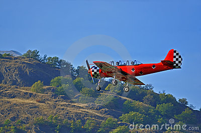 Old red plane