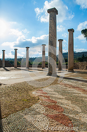 Free Old Roman Columns Stock Photography - 50233902