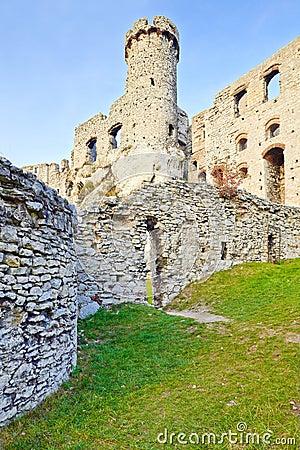 Free Old Ruins Ogrodzieniec Castle Poland Royalty Free Stock Photos - 40670838