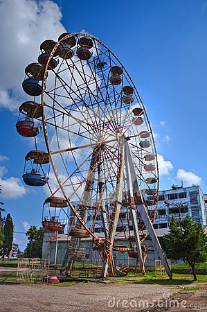 Free Old Rusty Abandoned Ferris Wheel In The Amusement Park In Ochamchira, Abkhazia Stock Image - 98392281