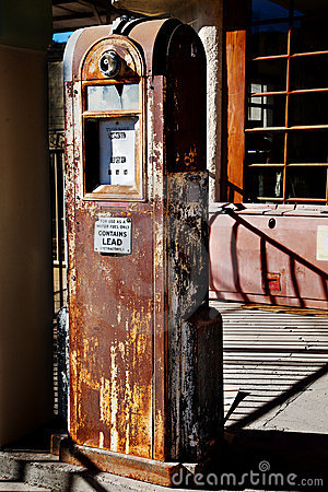 Free Old Rusty Gas Pump With Interesting Shadows Royalty Free Stock Photo - 17819635