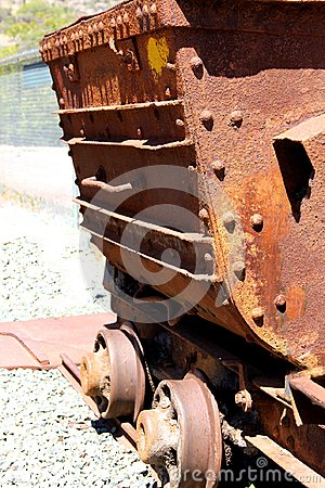 Free Old Rusty Mine Cart Royalty Free Stock Photo - 109095625