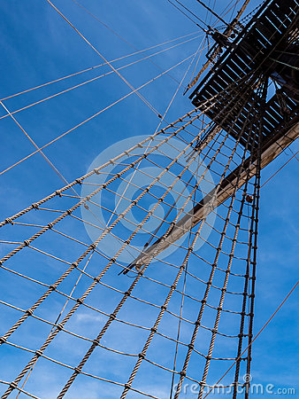 Free Old Sailing Ship Mast And Rigging Royalty Free Stock Images - 40090349