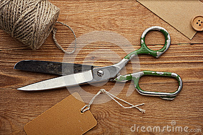 Old Scissors, Jute and Tag