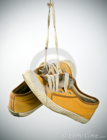 Free Old Sneakers Hanging Royalty Free Stock Photos - 55255468
