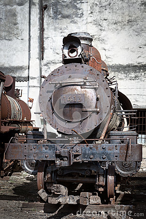 Free Old Steam Locomotive Royalty Free Stock Image - 35759176