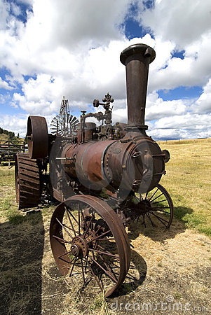 Free Old Steam Tractor Royalty Free Stock Image - 7821436