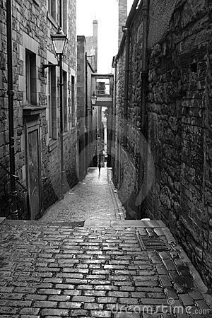 Free Old Street In Edinburgh - Black And White Royalty Free Stock Photography - 6077297