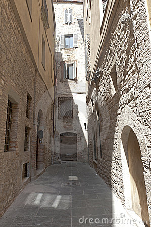 Old street of Todi
