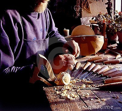 Old stringed instruments maker