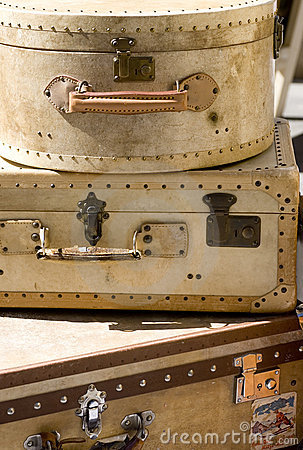Free Old Suitcases Royalty Free Stock Image - 1214596