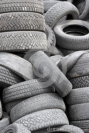 Free Old Tires Stock Images - 25196154