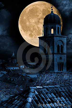 Free Old Town Dubrovnik At Night Royalty Free Stock Photos - 3808738