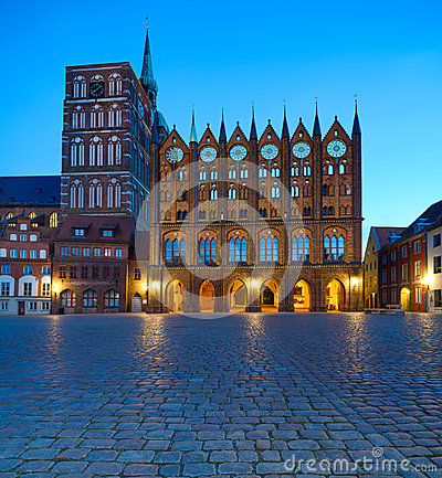 Free Old Town Hall And St. Nicolas Church In The Evening, Stralsund Royalty Free Stock Images - 54393509