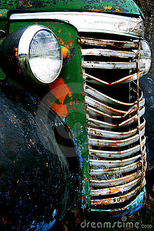 Free Old Truck Royalty Free Stock Photo - 13729005