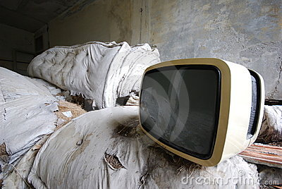 Old TV - vintage - abandoned
