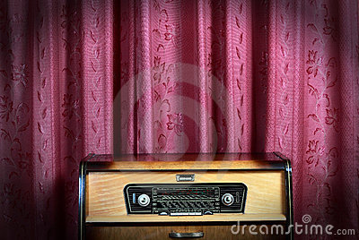 Old Vintage Radio On Red Background 2 Royalty Free Stock Photo - Image: 15423655