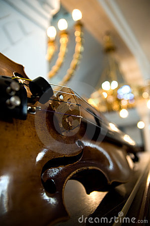 Free Old Violin Close-up Royalty Free Stock Image - 4884806