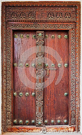 Free Old Weathered Door Of Building In Stone Town, Zanzibar Royalty Free Stock Photo - 35784035