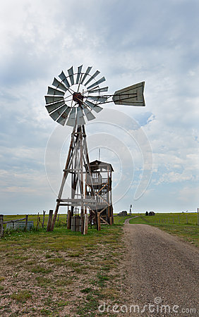 Old Western Windmill Stock Images - Image: 30231124