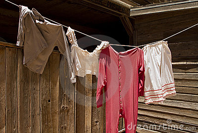 Old Wild West Laundry Clothesline